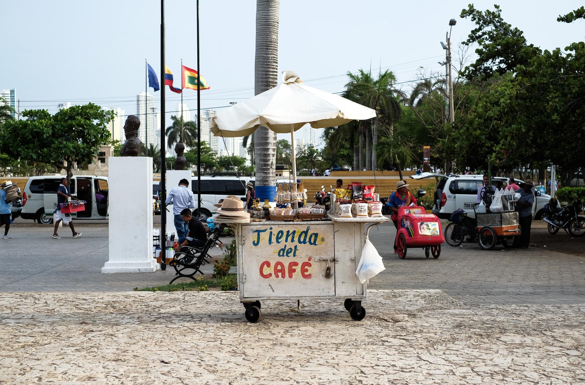 tienda del cafe stand coffee streets
