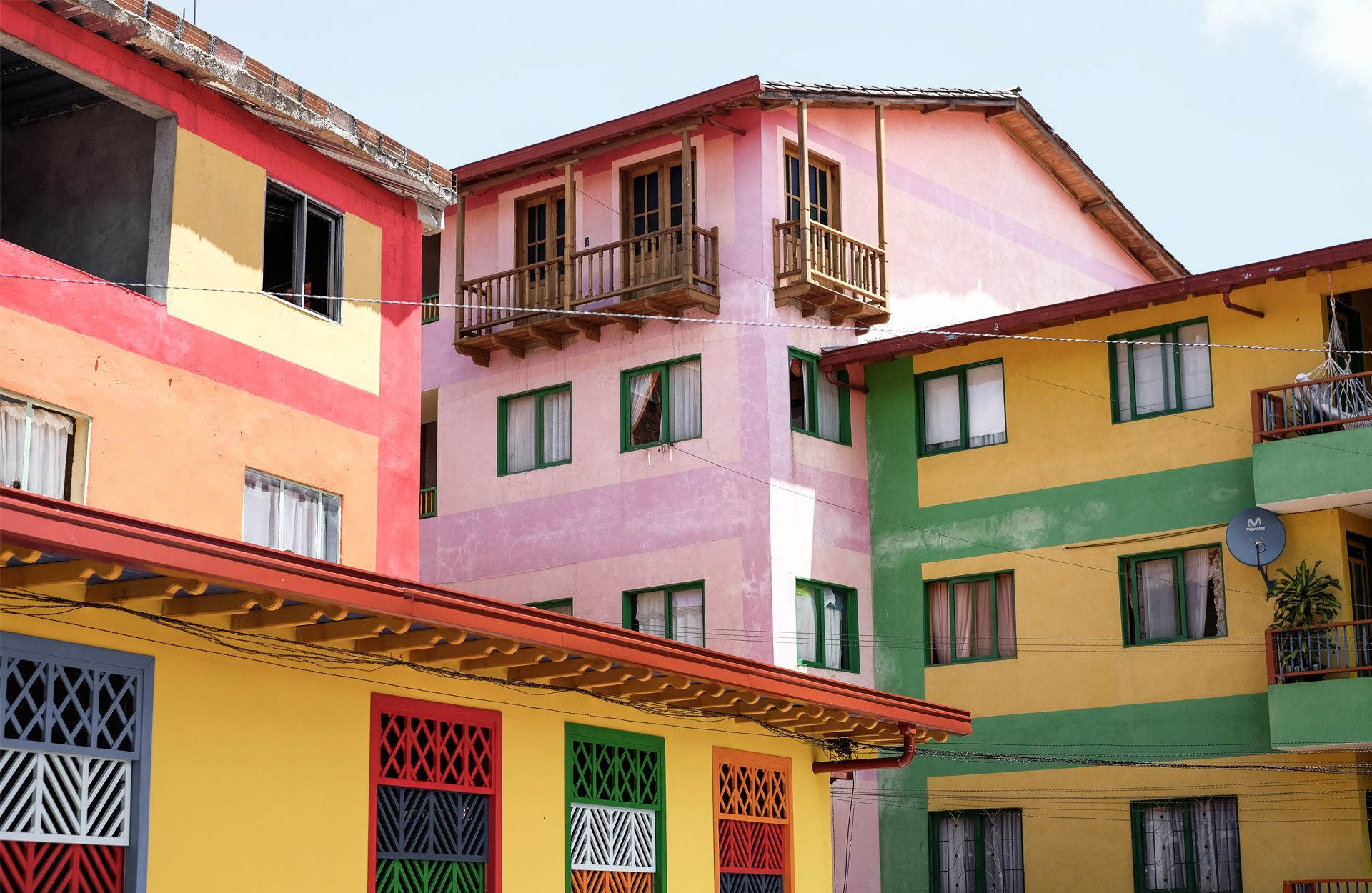 gustave colombia houses color