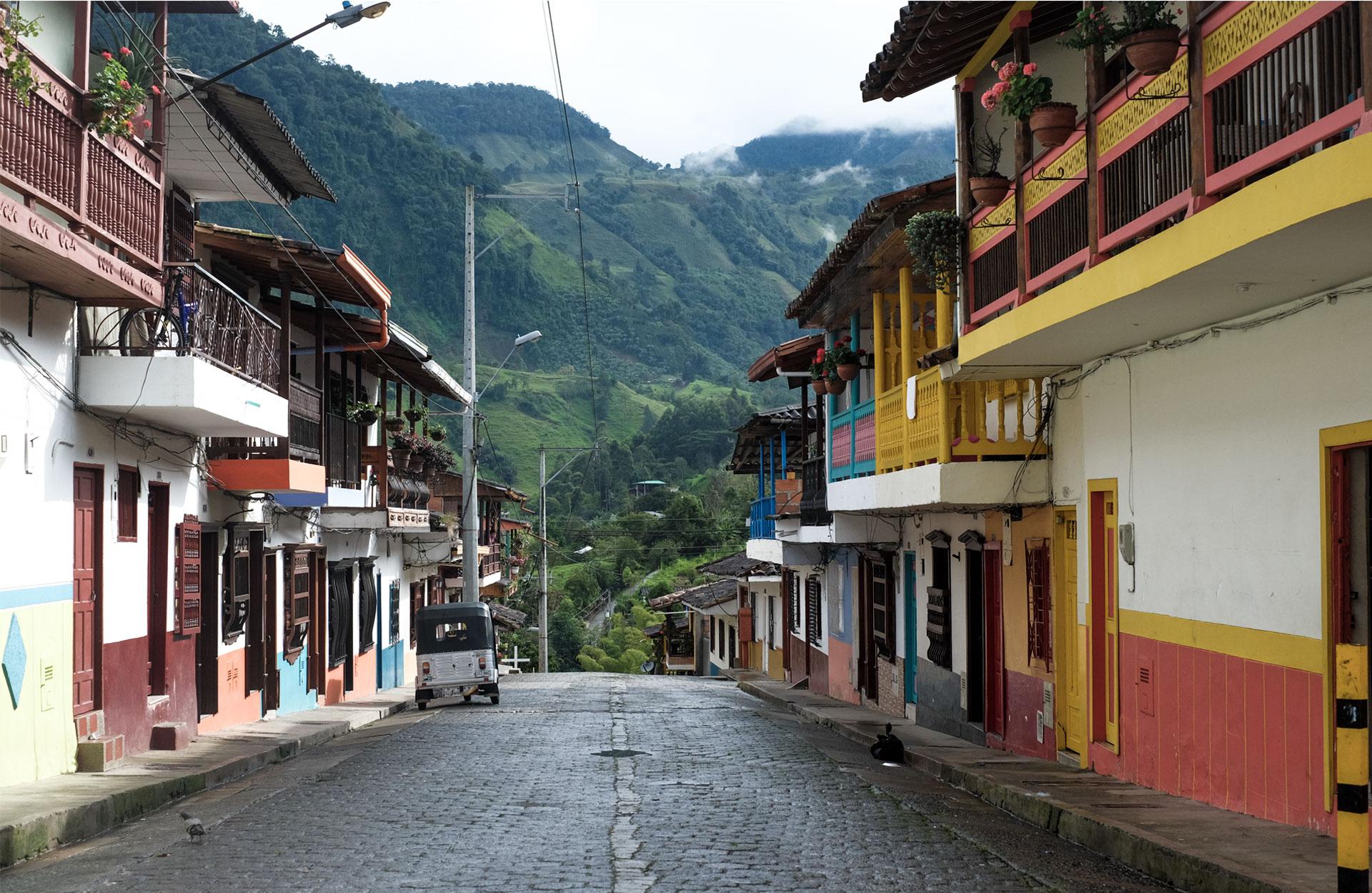 street color mountain green