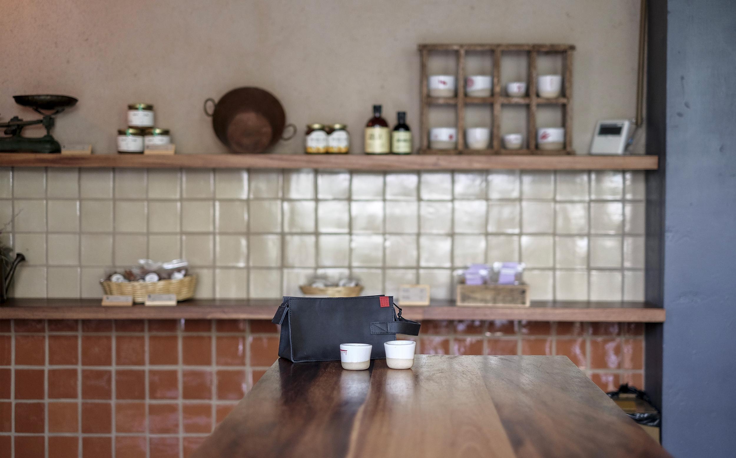 prototipo in a cafe