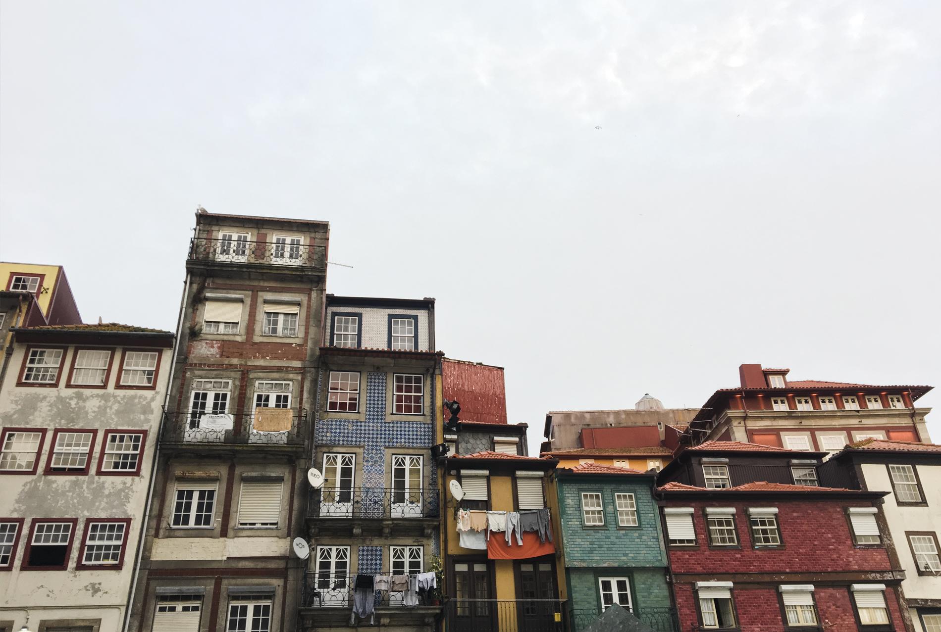 colors porto buildings