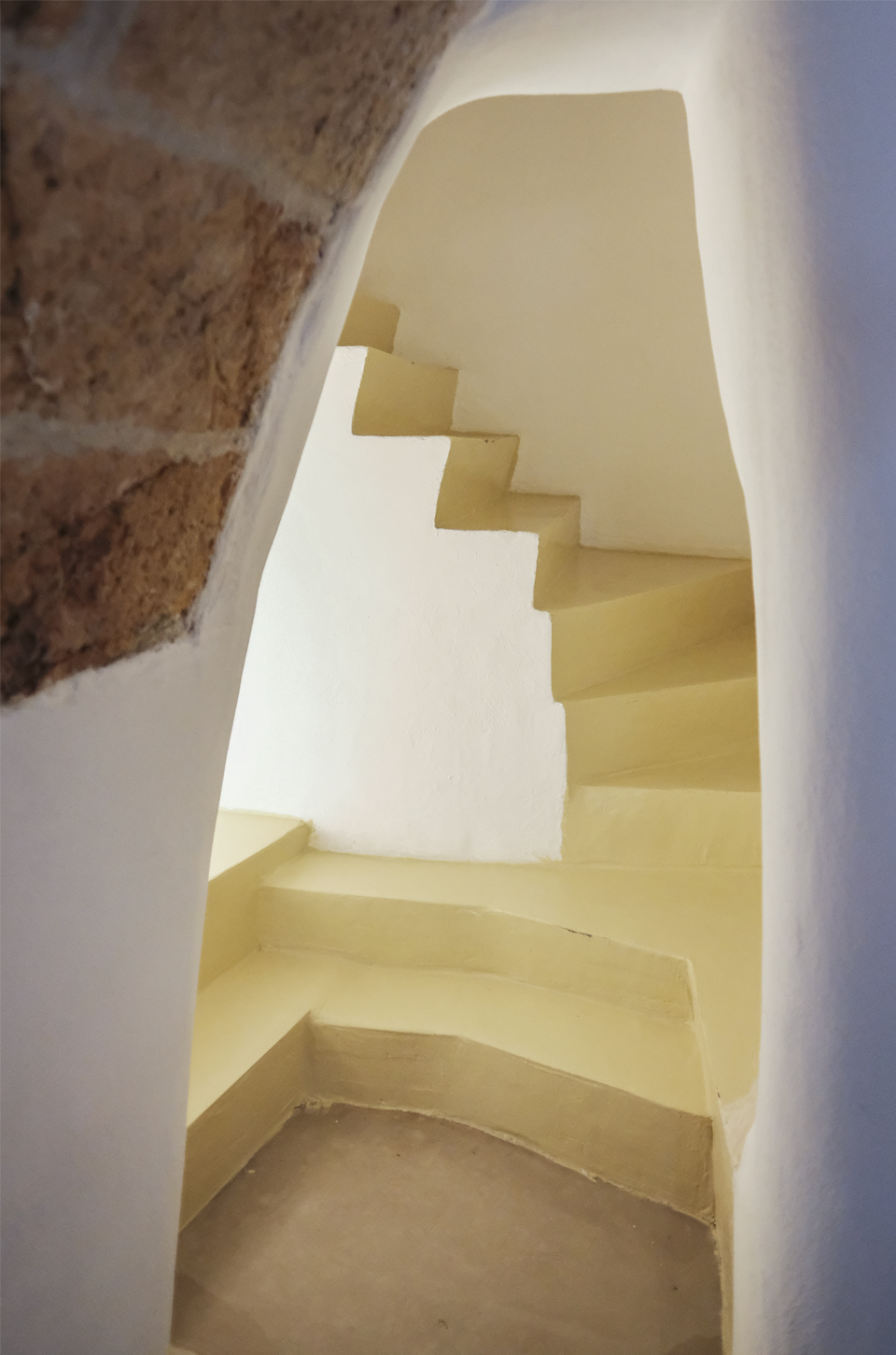 Stairs and cave formation in the aquapietra room of the aquamarea hotel hotel in Polignano