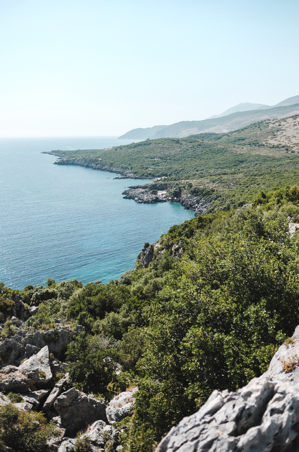 sea and land , best beaches in the Riviera